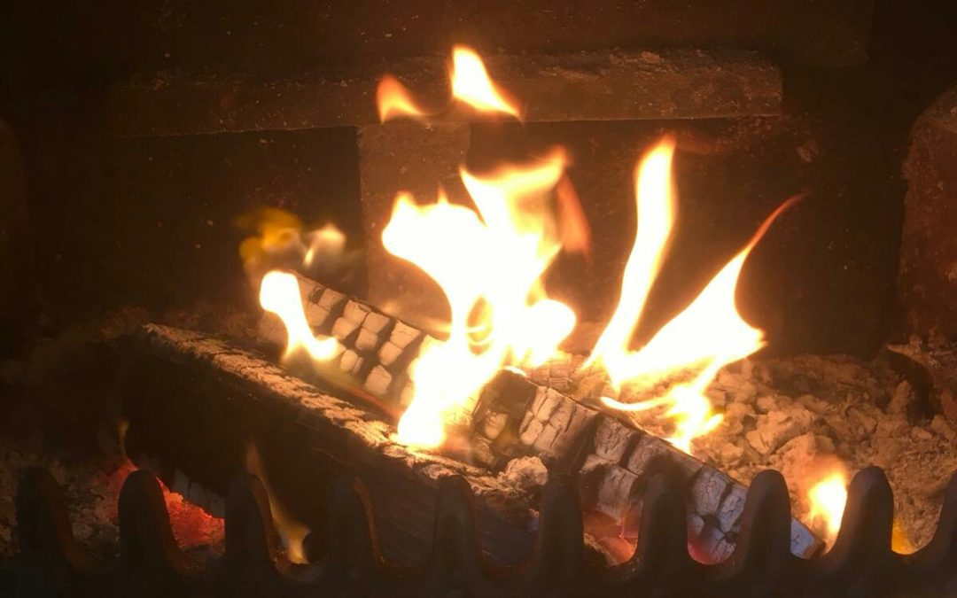 How to burn wood with minimum pollution